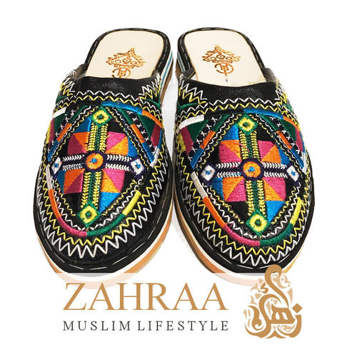 Women Slipper Embroidered Mulitcoloured Size 38/39