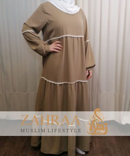 Staged Dress Nawal Taupe